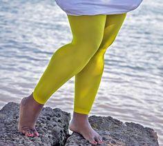 Plus Sized Nylon/Lycra Footless Tights