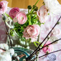 Ohje virkattuun pääsiäispupuun, joka sopii vaikkapa pajunkissojen koristeeksi.