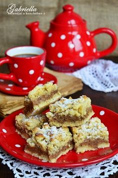 Gabriella kalandjai a konyhában :) Poppy Cake, Winter Food, French Toast, Sweets, Sugar, Baking, Breakfast, Recipes, Cakes