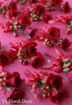 クラッチブーケ 赤と白   Ys Floral Deco Blog