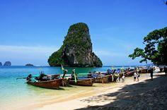 Voici un tour d'horizon des îles et plages de Thaïlande, pour bien choisir en île et sa plage en fonction de ses envies... à mettre en favori si vous compter goûter aux plaisirs balnéaires de l'ancien Royaume du Siam !