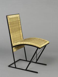 Pierre Chareau (1883 - 1950)  Chaise Modèle EZ849 1927 Métal peint noir et rotin 79,5 x 51 x 35 cm Chaise de jardin