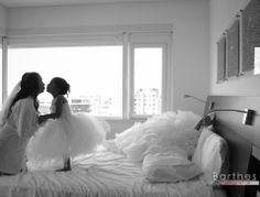 Hermosa boda en Finca pampalinda, muy cerca de cali, el lugar ideal para la bella fotografía de matrimonios puedes ver la galería completa en http://blog.barthesfotografia.com.co/category/fotografias-de-boda-en-la-hacienda-pampalinda/