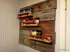 Splendid Reclaimed Wooden Wall Mounted DIY 3 Tiers Spice Rack Ideas As Decorate Rustic Kitchen Furniture Decors Hanging Spice Rack, Wall Spice Rack, Wall Mounted Spice Rack, Spice Storage, Spice Racks, Diy Wooden Wall, Wooden Rack, Pallet Shelves, Rustic Shelves