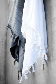 Sirocco Living Handduk Vit med Tofsar Liten