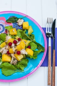 This Chicken, Pineapple & Mango Salad is full of flavor and so good for you! #chickensalad