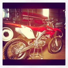 Honda crf250 dirtbike