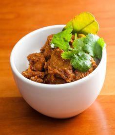Rendang - maailman herkullisin ruoka Indonesiasta