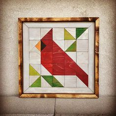 This rustic wood wall art is my interpretation of a traditional quilt block and … - Quilt Patterns Barn Quilt Designs, Barn Quilt Patterns, Quilting Designs, Vogel Quilt, Bird Quilt Blocks, Painted Barn Quilts, Rustic Wood Walls, Traditional Quilts, Square Quilt