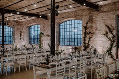 Industrial wedding, loft and greenery Loft Wedding, Industrial Wedding, Wedding Decorations, Studio, Greenery, Instagram, Wedding Decor, Studios