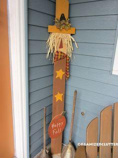 Fall Outdoor Decor via OrganizedClutter.net