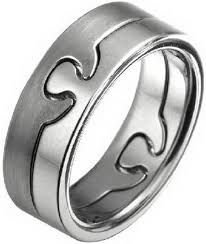 Resultado de imagen para matching rings for couples