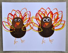 Cupcake Liner Turkey Craft (from I Heart Crafty Things)