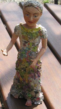 sculpture personnage poupée papier maché et pate à bois : Sculptures, gravures, statues par boisee-papiers