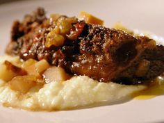 Get Braised Beef Short Ribs Recipe from Food Network Braised Short Ribs, Beef Short Ribs, Beef Ribs, Braised Beef, Rib Recipes, Cooking Recipes, Family Recipes, Yummy Recipes, Pasta