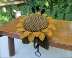 Primitive Hand Dyed Wool Sunflower Pincushion Metal Clamp Pinkeep ~ Seed Pins