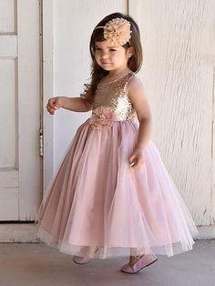 Matte Sequin Long Dress with Full Tulle Skirt Vestido Rose Gold, Tulle Crafts, Dress Skirt, Dress Up, Flower Dresses, Baby Dresses, Girls Dresses, Easter Dress, Dress With Bow