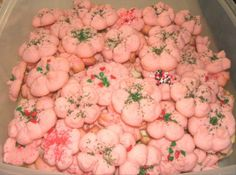 Whipped Shortbread Spritz Cookies- My favorite cookies made by my mom Spritz Cookie Recipe, Spritz Cookies, Shortbread, No Cook Desserts, Dessert Recipes, Cookie Press, Cookie Time, Best Cookie Recipes, Cookie Bars
