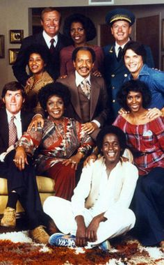 tv shows The Jeffersons cast 90s Tv Shows, Great Tv Shows, Vintage Black Glamour, Vintage Tv, The Jeffersons Cast, Black Sitcoms, Black Tv Shows, Black Actresses, Black History Facts