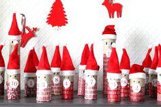 Calendrier de l'avent Pères Noël - Recyclage rouleaux papier toilette