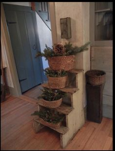 DIY Home Decor example id 9106864316 - Check out these room decor strategies. For additional ideas , visit the pin image this instant to pore over the web site Primitive Decorating, Primitive Christmas, Country Decor, Diy Home Decor, Simple Christmas, Prim Decor, Winter Decorations Diy, Primitive Furniture, Rustic Farmhouse Decor