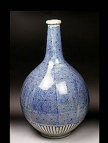 Antique Japanese Imari blue and white Porcelain Vase,  from late 19th to early 20th century.