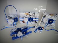 White Camo Wedding Set with Royal Blue, Wedding Flower Basket, Wedding Pillow, Wedding Guest Book, White True Timber Camouflage Wedding Set by TheMomentWedding on Etsy wwwetsycom/… - Under Wear Rustic Wedding Centerpieces, Unique Wedding Favors, Wedding Sets, Wedding Guest Book, Wedding Themes, Wedding Cakes, Wedding Decorations, Blue Shabby Chic, Shabby Chic Flowers