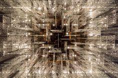Projeto realizado pelo escritório Anastassiadis Arquitetos em conjunto com a arquiteta Monica Tio Branco do escritório RBF Arquitetura de Iluminação.  A luminária decorativa acima do balcão do bar c...