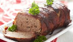 The best meatloaf recipes for every occasion Meatloaf Recipe Martha Stewart, Mom's Meatloaf Recipe, Best Meatloaf, Vegetable Recipes, Beef Recipes, Cooking Recipes, Paleo Diet Breakfast, Bacon Wrapped Meatloaf, Carne Picada