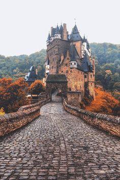 Eltz Castle // Jacob Riglin