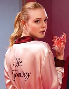 Ellie Fanning, Fanning Sisters, Dakota Fanning, Elle Fanning Maleficent, Young Actresses, Aesthetic Girl, Celebs, Celebrities, My Images