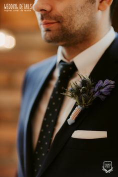 Photo by www.framesandtales.com | #industrial #winter #wedding #industrialwedding #winterwedding #copper #groom #groomsoutfit #groomsboutonniere #boutonniere #groomspin #groomsflowerpin #weddingflowers #details #copperdetail #detailsmatter #WeddingDetails #echipaWD Groom Boutonniere, Groom Outfit, Industrial Wedding, Wedding Photoshoot, Event Design, Hairdresser, Wedding Details, Real Weddings, Wedding Flowers