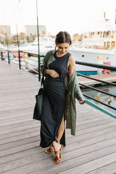 23 Weeks Pregnant Bump Update | Pregnancy | Ashley Hodges Casual Maternity Outfits, Stylish Maternity, Maternity Wear, Maternity Fashion, Maternity Dresses, Pregnant Dresses, Cute Maternity Clothes, Cute Maternity Style, Pregnant Clothes