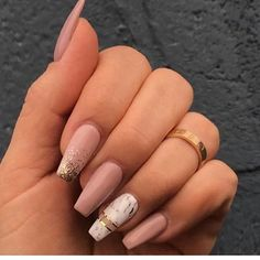 """If you're unfamiliar with nail trends and you hear the words """"coffin nails,"""" what comes to mind? It's not nails with coffins drawn on them. It's long nails with a square tip, and the look has. Nagellack Design, Nagellack Trends, Cute Nails, Pretty Nails, My Nails, Glitter Nails, Best Acrylic Nails, Acrylic Nail Designs, Marble Acrylic Nails"""