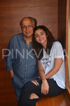 Alia wishes her genius father Mahesh Bhatt on his birthday!