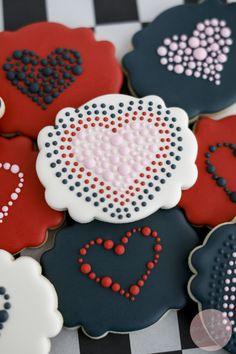These plaque shaped cookies are decorated with cute royal icing polka dots for a simple, stand out cookie. Valentine's Day Sugar Cookies, Heart Cookies, Cute Cookies, Royal Icing Cookies, Easter Cookies, Valentines Day Cookies, Valentines Food, Valentines Day Hearts, Valentines For Kids