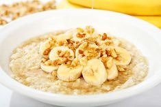 Healthy Breakfast Ideas - Banana Nut Oatmeal - 6 Non-Boring Ways to Eat Your Steel-Cut Oats - Men's Fitness Baby Food Recipes, Great Recipes, Favorite Recipes, Lunch Recipes, Healthy Recipes, Healthy Treats, Healthy Habits, Meals Under 400 Calories, Breakfast Under 200 Calories