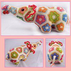 Nellie the Elephant African Flower Crochet Pattern by Heidi Bears