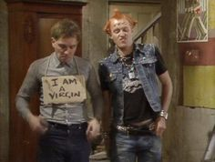 The Young Ones. Rik Mayall and Ade Edmondson and Rik and Vyvyan. Comedy Tv, Comedy Show, Funny Comedy, British Humor, British Comedy, Ade Edmondson, Rik Mayall, First Tv, Young Ones