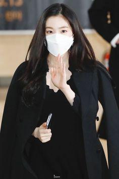 Wendy Red Velvet, Red Velvet Irene, South Korean Girls, Korean Girl Groups, Snsd Tiffany, Best Rapper, Kim Yerim, Sooyoung, Seulgi