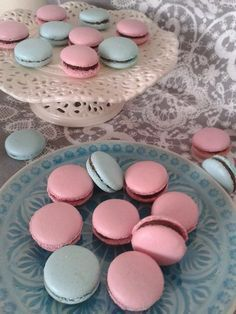 Italian Macarons, Vanilla Macarons, Macaron Flavors, Macaron Recipe, Meringue, Macaroons, Make It Simple, Cake Decorating, Bakery