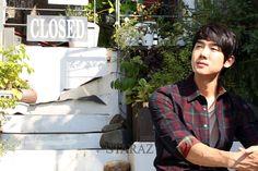 Yoo Yeon Seok for Staraz