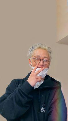 Yg Artist, Koo Jun Hoe, Ikon Kpop, Bobby S, Kim Ji Won, Double B, Kim Hanbin, Kim Dong, Art Music