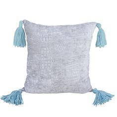 Abbie Pillow