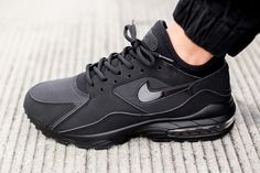 "Nike Air Max 93 ""Triple Black"""