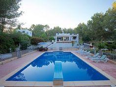 Villa+in+Santa+Eulària+des+Riu,+Santa+Eulalia++Vakantieverhuur in Ibiza van @homeaway! #vacation #rental #travel #homeaway