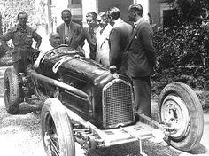 """GP Italia (Monza) 1932 , Alfa Romeo P3 #8 , Driver Tazio Nuvolari , the person on the car was """"Benito Mussolini"""""""