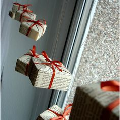 DIY: origami box ornaments or wrap tiny little boxes and hang. Christmas Tops, Noel Christmas, Simple Christmas, Christmas Crafts, Christmas Windows, Christmas Presents, Christmas Displays, Christmas Window Display Retail, Office Christmas