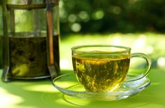 Cup of green tea vs black to vs lemongrass tea.which is better/good for what and why. Good article from Suzy Cohen, RPh Nigella Sativa, Small Tea Cups, Get Rid Of Cold, Lemongrass Tea, Celerie Rave, Top 10 Home Remedies, Best Green Tea, Green Teas, Speed Up Metabolism