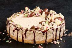 Clinkers ice-cream cake Ice Cream Desserts, No Cook Desserts, Frozen Desserts, Ice Cream Recipes, Delicious Desserts, Meringue Desserts, Chocolate Meringue, Dessert Recipes, Yummy Food